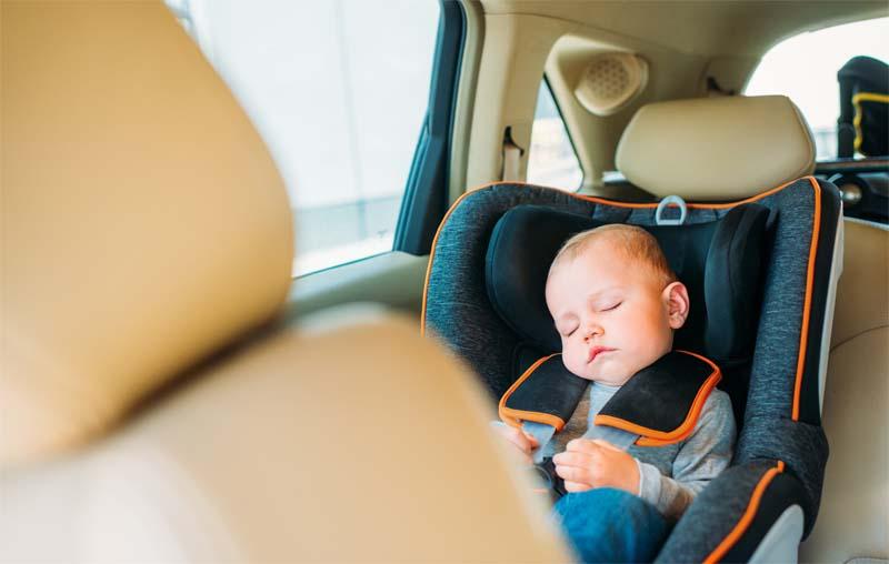 top 5 voiture pour couple avec bébé